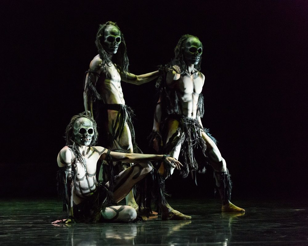 Edinburgh, UK. 22.11.2016. Rambert present Christopher Bruce's GHOST DANCES, for the first time in 13 years, at the Festival Theatre, Edinburgh. Set design by Christopher Bruce, costume design by Belinda Scarlett and lighting design by Nick Chelton. Photograph © Jane Hobson.